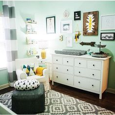Find baby nursery decor, room themes, design ideas. View thousands of pictures of baby nurseries, playrooms, baby showers and more in our photo gallery.