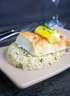 A quick and easy Mahi Mahi recipe, with a healthy macadamia nut coating, that is sure to impress your guests. Click for the recipe!