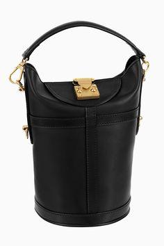 Louis Vuitton, 15 главных черных сумок сезона весна-лето 2018