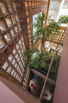 A Residential Design Where Nature Intertwines With Functionality | VTN Architects - The Architects Diary Brick Facade, Brick Wall, Ventilation System, Stay Cool, Architect Design, Large Windows, Ideal Home, Indoor Outdoor, Building A House