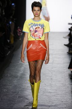 I'm not even being ironic: I am here for this outfit. Jeremy Scott Fall 2016 Ready-to-Wear Fashion Show(loved by #thatsprettyfunny)