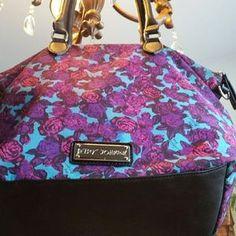 Betsey Johnson Handbags - FANTASTIC BETSEY JOHNSON ROSE HANDBAG!!