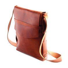 Explorer Satchel Saddle: love cross body bags!
