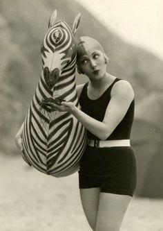 1920s swimwear...and zebra