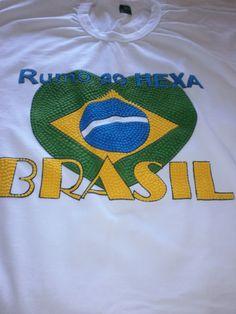 Camiseta Básica com CORAÇÃO BRASIL _ Humo ao Hexa Brasil