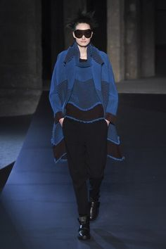 Issey Miyake Fall 2018 Ready-to-Wear Fashion Show Collection