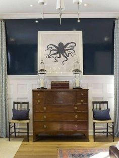 Half navy / Half white.  Consider this for the new dining room.