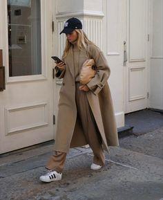 Vogue Fashion, Fashion 2020, Daily Fashion, Mode Outfits, Trendy Outfits, Fashion Outfits, Fall Winter Outfits, Autumn Winter Fashion, Cardigan Blazer