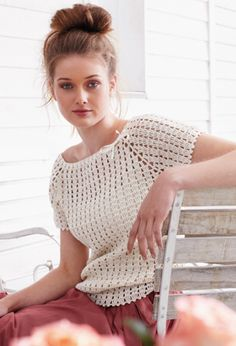 Crochet jumper with fine details