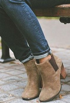 44 trendy Ideas for brown ankle boats outfit winter dresses fall booties Fall Booties, Ankle Booties, Bootie Boots, Brown Booties, Heeled Boots, Women's Boots, Suede Booties, Tan Ankle Boots, Cowboy Boots