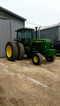 JOHN DEERE 4455 John Deere Equipment, Old Farm Equipment, Heavy Equipment, Jd Tractors, John Deere Tractors, Antique Tractors, Vintage Tractors, Tractor Farming, Cat Farm