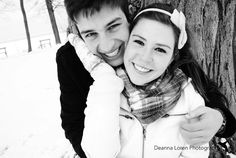 Cute snowy, winter couple engagement picture ideas | Deanna Loren Photography