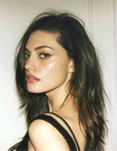 """beautorigine: """" """"BTS with Phoebe Tonkin for Girls in FRAME """" """""""
