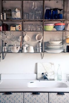 #DIY shelves that would work well in a shabby chic bathroom.   #BathroomDesignIdeas