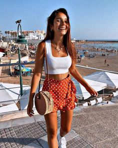 The Most Fun Ways to Get Fit We get it. Finding inspiration to get fit isn't always easy. It seems like every single thing we do in life is getting newer, easier, and more exciting except Late Summer Outfits, Spring Outfits, Summer Fashions, Autumn Outfits, Party Outfit Summer, Ootd Summer Casual, Summer Outfits For Vacation, Teen Party Outfits, Spring Vacation