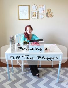 8 tips to consider before leaving your day job to become a full time blogger. #blogadvice 2015 is my year!