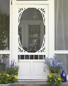 Detailed entry to the screened porch, and look at that beautiful window you can see through the screen door. Love this screen door Old Screen Doors, Wooden Screen Door, Old Doors, Back Doors, Windows And Doors, Vintage Screen Doors, Cozy Cottage, Cottage Style, Farmhouse Style