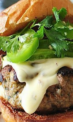 QUESO TURKEY BURGERS