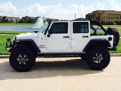 2015 Jeep Wrangler Unlimited. Need this lift