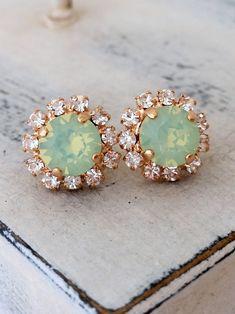 Lace Edge Round Silver Stud Earrings Flower Studs Earrings Acrylic Silver Earrings Bridesmaids Stud Earrings Bridesmaids Jewellery
