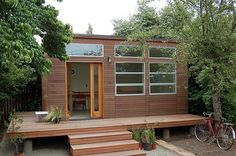 modern studio by MarisaSwenson, via Flickr