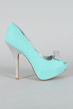 Since my wedding is going to be Tiffany   Co. themed 6b0645a5a3f7