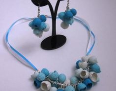 Beautiful Shells - necklace and earrings