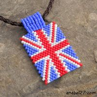 "Driving pendant ""British flag"" - a mosaic weave"