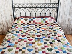 Hearts and Nine Patch Quilt -- splendid made with care Amish Quilts from Lancaster (hs7164)