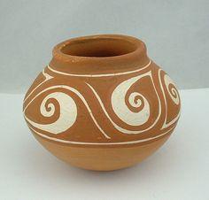 VENEZUELAN Art Pottery - Small Bi-Color Jar, circa 1983