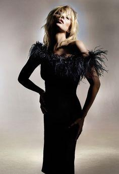 Kate Moss pour Topshop, les premières images http://www.vogue.fr/mode/news-mode/diaporama/kate-moss-pour-topshop-les-premieres-images/18275/image/992586#!9