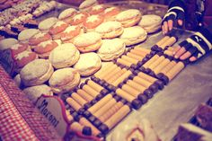 Someday I'll make it over to Germany and Austria and eat all those yummy goodies.