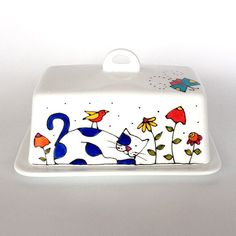 Butter Dish   Cat Life Is Beautiful Hand Painted By Artist Isabelle Malo  Size: 4 X 7 X 4 Hand Wash Cleaning Is Recommend.