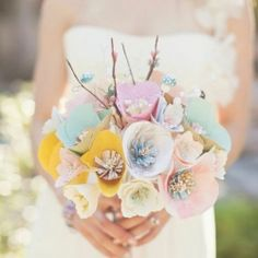 A hot new (affordable and beautiful) trend is DIY paper bouquets! Check out the gallery, complete with two fabulous tutorials.