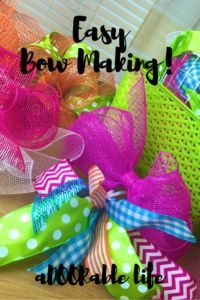 An aDOORable bow of ribbons is the B L I N G of the DIY world! Just as your favorite outfit is not complete without your dangly earrings and pendant necklace,… Bow Making Tutorials, Making Ideas, Making Bows, Ribbon Hair Bows, Diy Ribbon, Ribbon Crafts, Diy Quirky Gifts, Crafts To Make, Fun Crafts