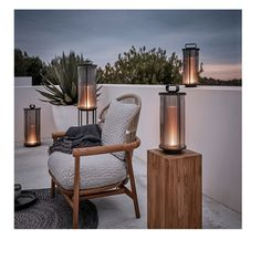 Add a warm glow to your outdoor living space with the nautically-inspired Gloster Ambient Large Line Lantern. This lantern-style light has a Granite Table Top, Teak Outdoor Furniture, Pallet Furniture, Antique Furniture, Pergola, Lounge Chair, Cosy Lounge, Outdoor Lighting, Outdoor Decor