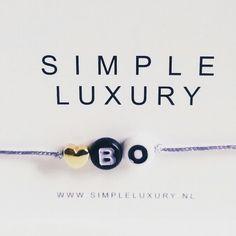 cute ! naamarmbandje van www.simpleluxury.nl #naamarmbandje #simpel