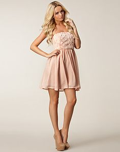 Missy Dress - Dry Lake - Peach - Partykleider - Kleidung - NELLY.DE Mode online
