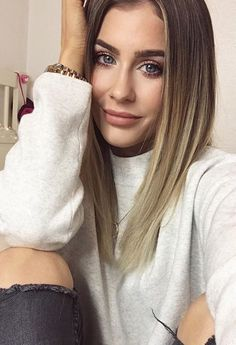 Mrs Bella, Soft Summer, Videos, Hair Beauty, Long Hair Styles, Instagram Posts, Beautiful, Fashion, Pictures