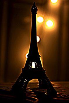 Eiffel backlight