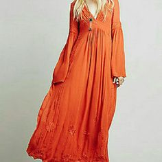 Mass Clothing! Boho/Grunge/Western Check Back This Weekend 50+ items Will Be Listed Of These Styles. A Blend Of These Styles And Some Basics As Well. SIZE 8 to 12 Misses Mostly. Some Vintage, Some NWT NWOT. Free People Dresses Midi