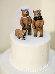 Enesco Legacy of Love Wedding Bride and Groom Newlywed Cake Topper - Ideal Wedding Ideas Funny Wedding Cake Toppers, Wedding Topper, Custom Cake Toppers, Unique Wedding Cakes, Unique Weddings, Wedding Ideas, Wedding Songs, Wedding Inspiration, Bear Wedding