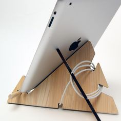 Tablet Mountain.Wooden iPad Stand laser cut in cypress thinning of Japan