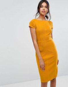 3cf1503252 Najlepsze obrazy na tablicy Dress fashion with catwalk (335) w 2019 ...