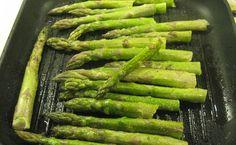 Grillowane szparagi Asparagus, Food And Drink, Vegetables, Studs, Vegetable Recipes, Veggies