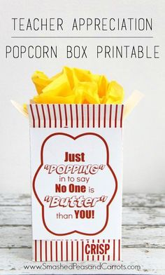 Movie Night Popcorn and Candy gift idea with Redbox gift certificates. FREE Printable label to place on popcorn box or bucket. Employee Appreciation Gifts, Volunteer Appreciation, Teacher Appreciation Week, Volunteer Gifts, Staff Gifts, Teacher Gifts, Teacher Treats, Student Teacher, Student Gifts