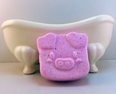 Happy As A Pig Bath Bomb by AphroditeDelights on Etsy #etsyaaa