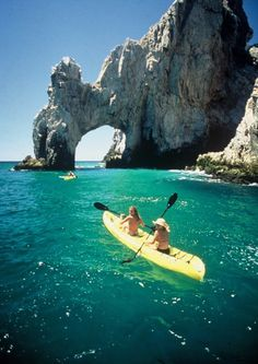 Kayaking on Cabo San Lucas, Mexico >>> Need to add this to the bucket list!