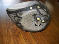 Strawberry Hill Pottery owl figurine Cool!! Signed on the bottom SHW (05/14/2013)