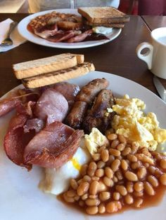 Food And Drink Breakfast - Recipes Great Breakfast Ideas, Best Breakfast, Breakfast Recipes, Breakfast Bread Puddings, Pancake Bites, British Baking, London Food, English Food, Healthy Recipes